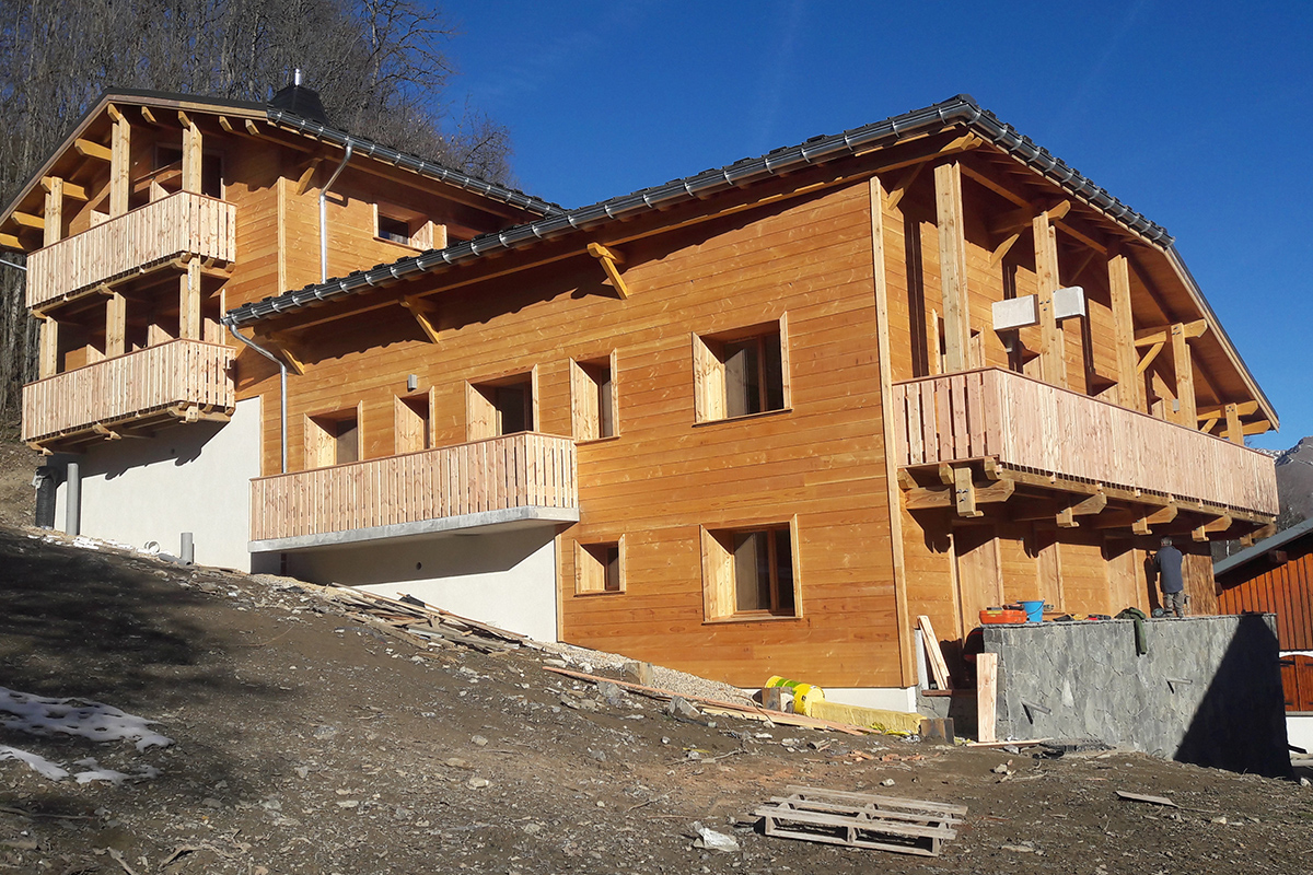 Bardage D 39 Un Chalet En Haute Savoie Archirel